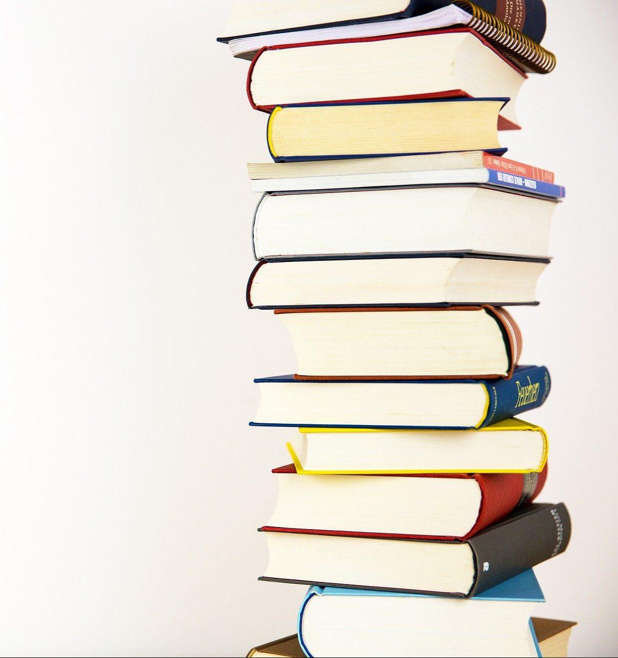 books-5937823_1920